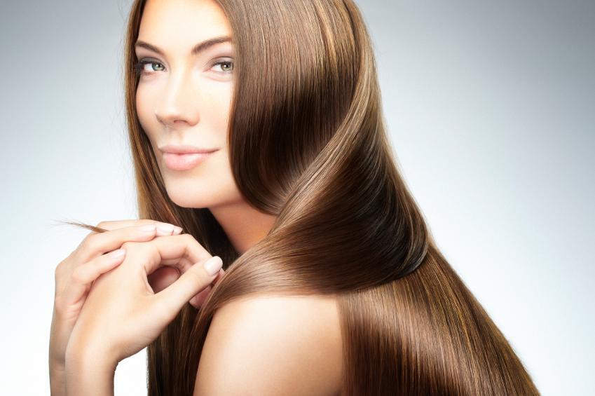 طرق طبيعية لتنعيم الشعر