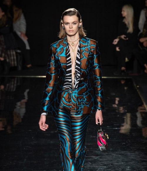 فرساتشي Versace