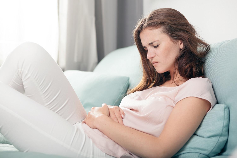اسباب حدوث الافرازات المهبلية مع الم اسفل البطن