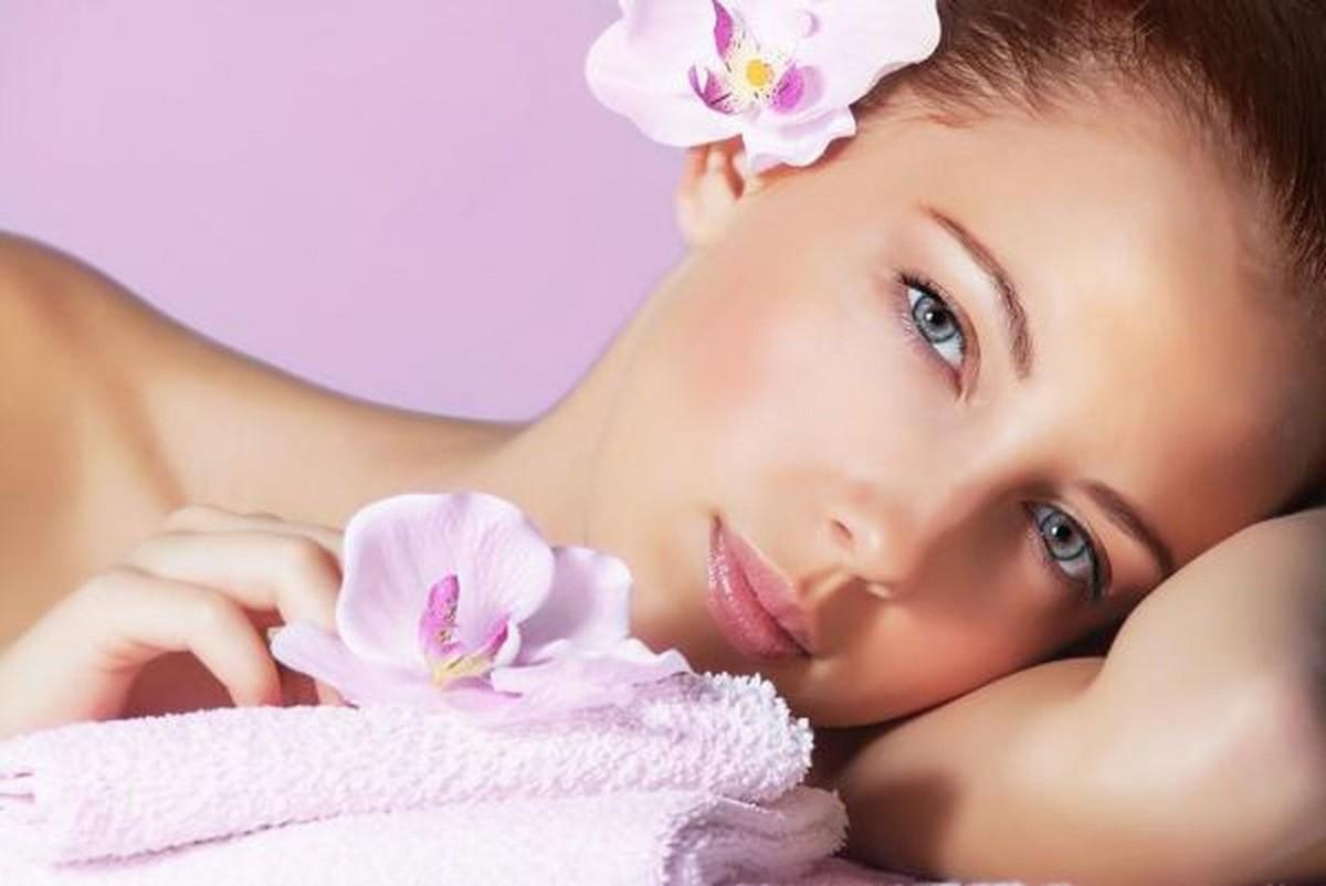 أفضل وأسهل خلطات تبييض الجسم والوجه