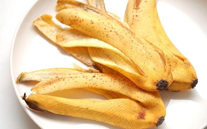 قشر الموز المبقعة بنقاط داكنة على تعزيز الجهاز المناعي