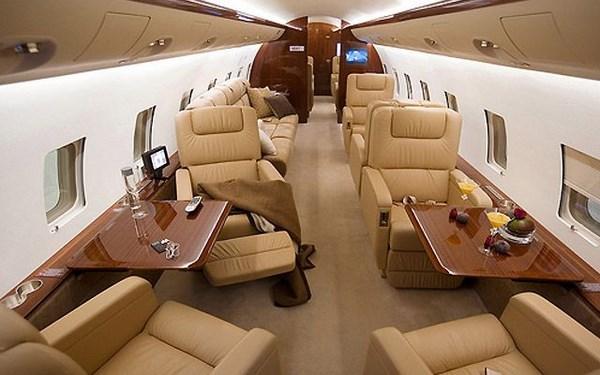 طائرة بيونسيه وزوجها جاي زي