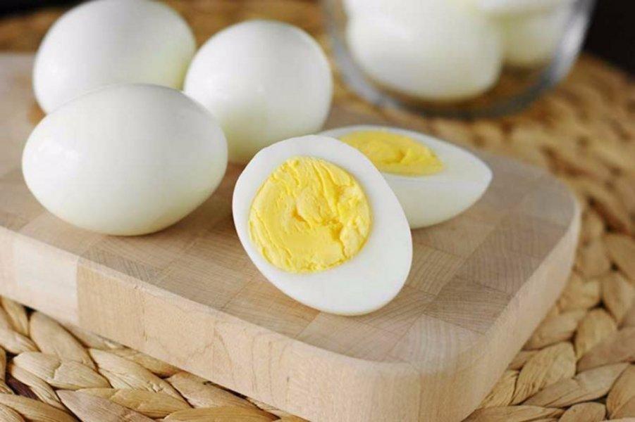 البيض المسلوق لحرق الدهون