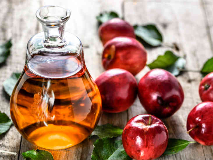 هل من الآمن استخدام خل التفاح في علاج حب الشباب؟