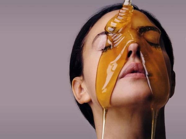 ماسك العسل لعلاج البثور