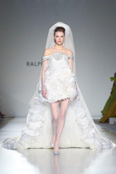 فساتين زفاف قصيرة من أسبوع الأزياء الراقية