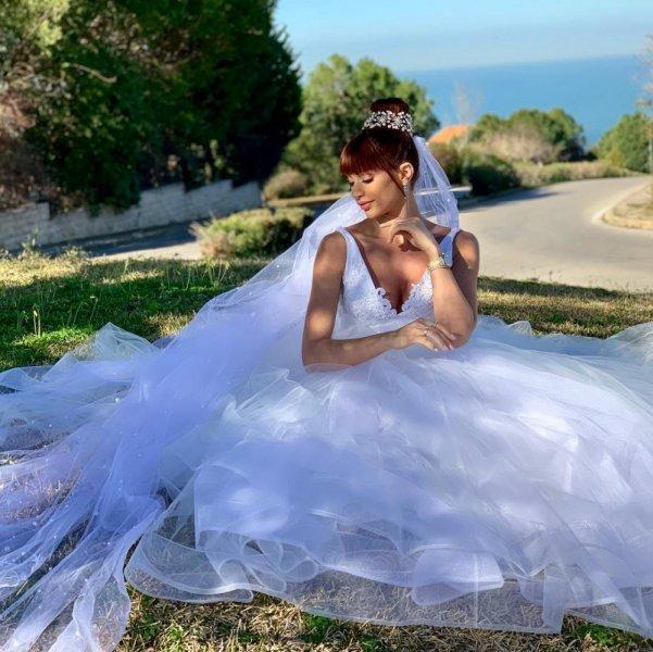 فساتين زفاف النجمات في مسلسلات رمضان 2019