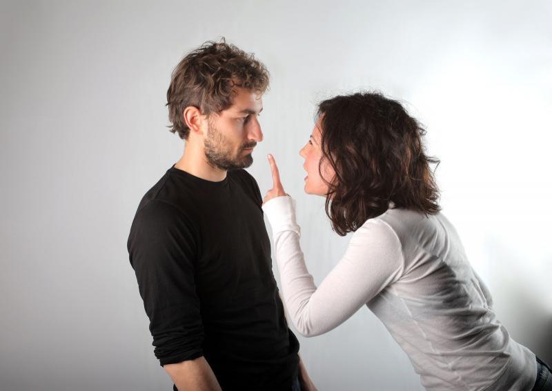 نصائح زوجية: كيف تتعامل الزوجة خلال الشجار مع زوجها؟