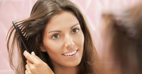 وصفات بمكوّنات من الطبيعة تغذّي وتقوّي الشعر الضعيف.
