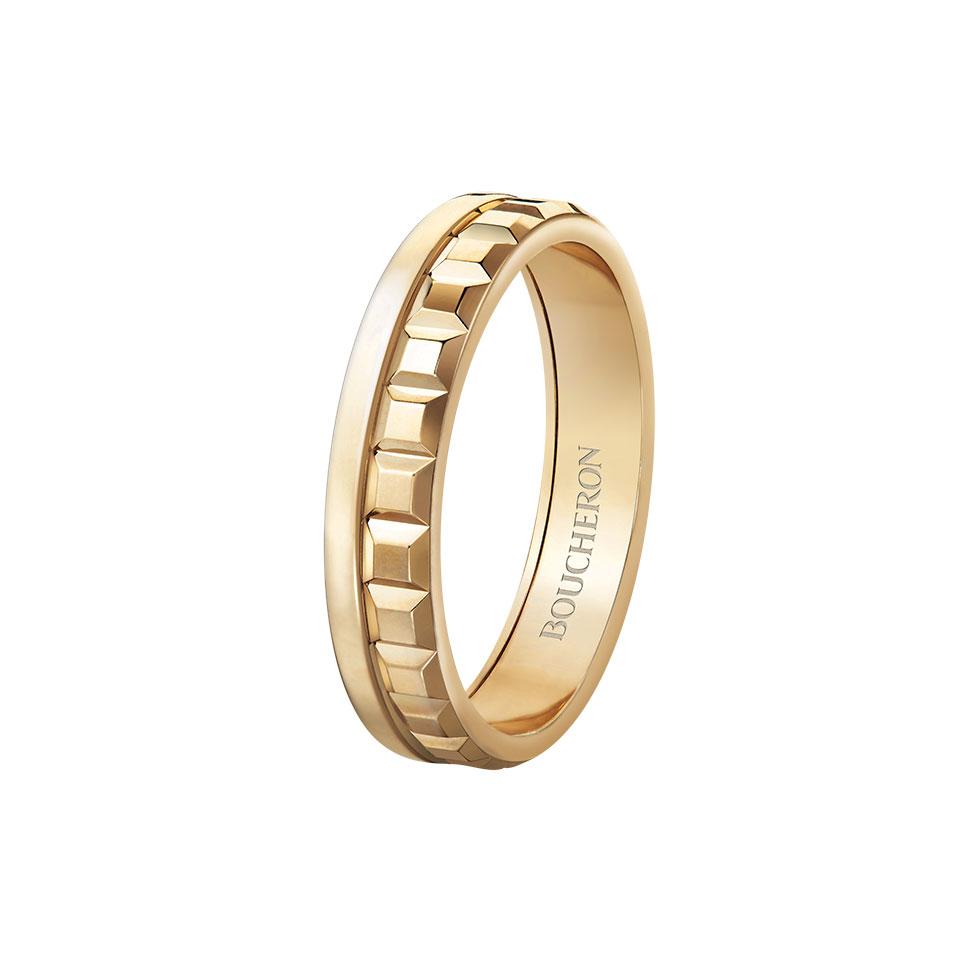 7ca366c52 ... من لون للذهب، مثل دبل تيفاني آند كو Tiffany & Co التي تمزج بين الذهب  الأبيض والذهب الوردي، ودبل بوشيرون Boucheron التي تمزج بين ثلاثة ألوان من  الذهب.
