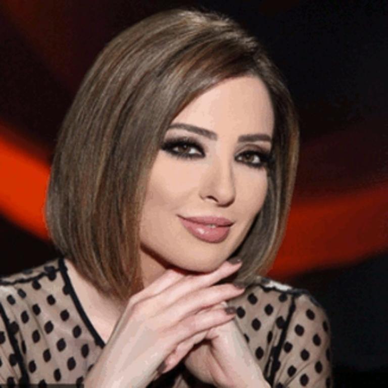 مكياج عيون سموكي بأسلوب وفاء الكيلاني