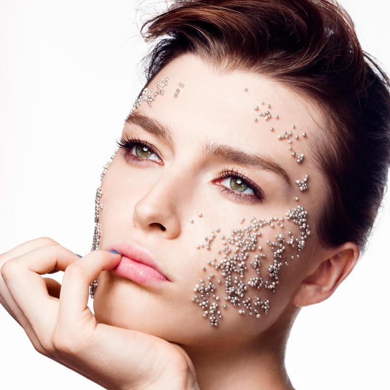 فوائد تقشير الوجه